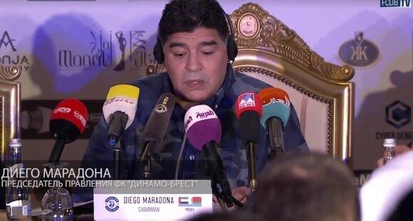Diego Maradona spaudos konferencijoje