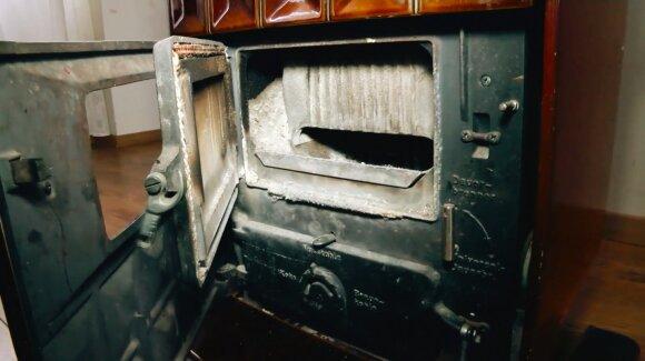 Viena iš pagrindinių gaisrų būstuose priežasčių yra netvarkinga šildymo sistema