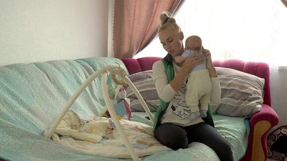 Birutė Navickaitė su vaiku