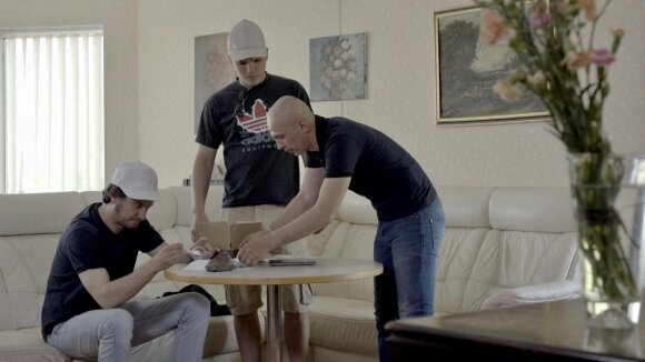 Teatro aktorius Ainis Storpirštis pradeda karjerą televizijoje