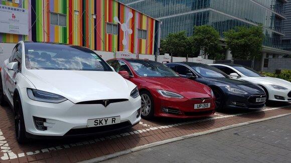 Deja, bet tai tik laikinas sprendimas: aiškėja, kad elektromobilių revoliucija atneš naujų problemų