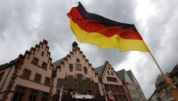 Pasaulis skambina pavojaus varpais, kodėl tyli A. Merkel?