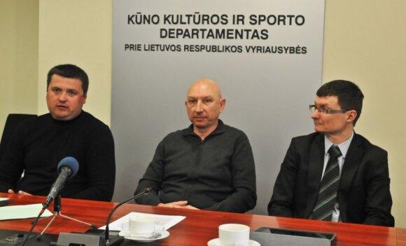 Valdas Vilūnas (centre) ir Saugirdas Pukalskas (dešinėje)