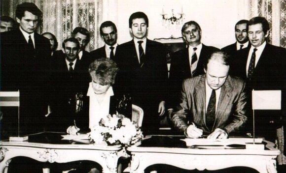 Sutartis su Čekoslovakija 1990