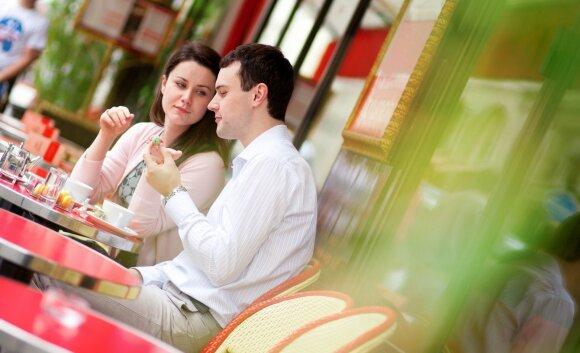 Vestuvių planuotoja: kokią sumą išleisti medaus mėnesiui yra protinga?