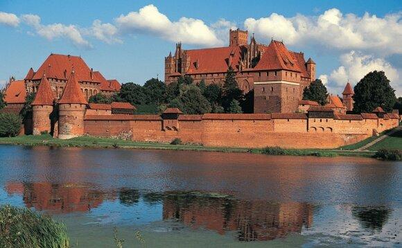 Marienburgo (dab. Malborkas) tvirtovė. Nuo 1309 m. Teutonų ordino būstinė ir pagrindinis lenkų bei lietuvių 1410 m. kampanijos taikinys.