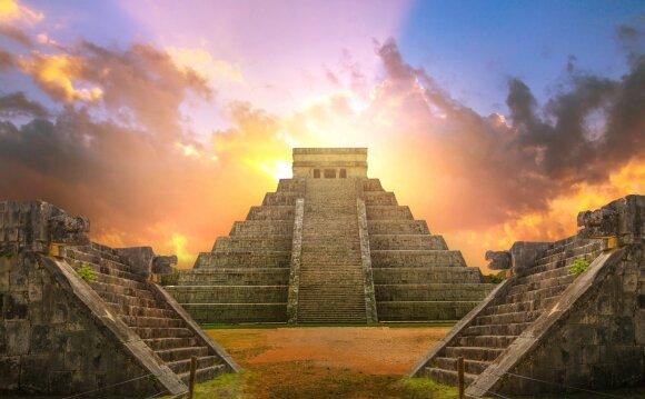 Majų piramidės