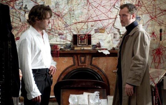 """Šerlokas Holmsas ir Vatsonas filme """"Šerlokas Holmsas 2: šešėlių žaidimas"""""""