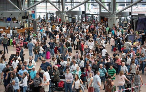 Dingus elektrai, Hamburgo oro uostas priverstas sustabdyti skrydžius
