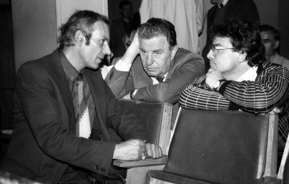 Justinas Marcinkevičius (centre). Pauliaus Lileikio nuotr.