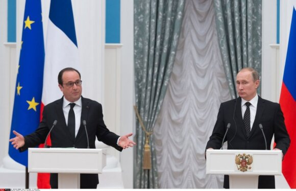François Hollande and Vladimir Putin