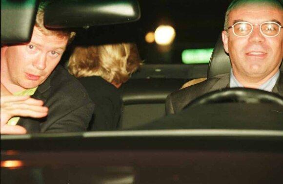 Trevoras Reesas-Jonesas (kairėje)