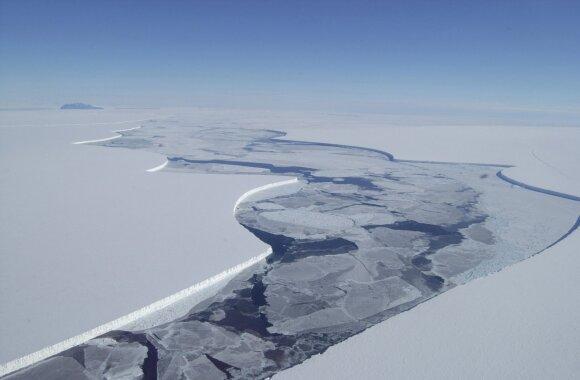 Tirpstanti Antarktida