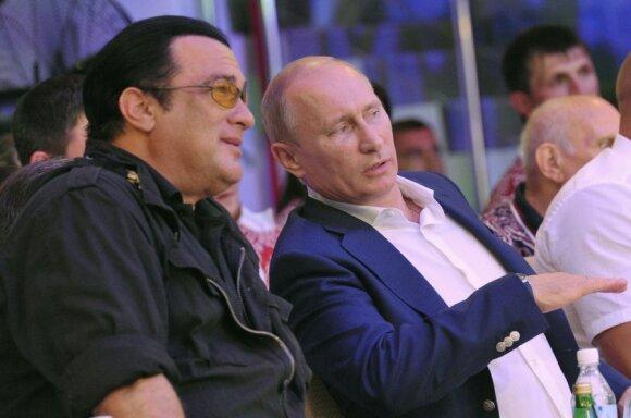 V. Putino draugas S. Seagalas įrodinėja savo ištikimybę posovietiniams diktatoriams