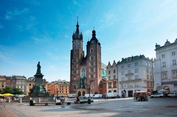 Adomo Mickevičiaus paminklas – populiari susitikimų vieta