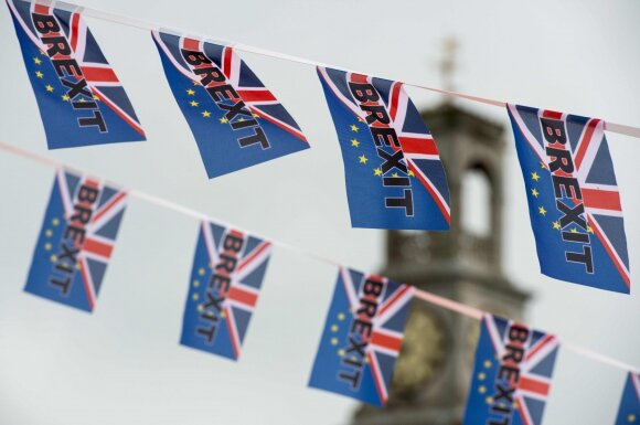 Prancūzija rezga keršto planą britams