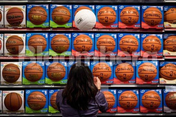 Kinija pademonstravo ekonomikos raumenis – NBA gėdingai nusilenkė ir atsiprašė