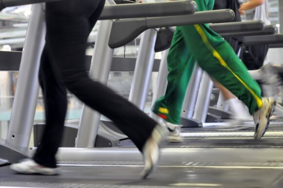 Gydytojas Barkauskas išvardijo grubiausias bėgiojančiųjų klaidas: jei galvojate, kad tai sveika, klystate