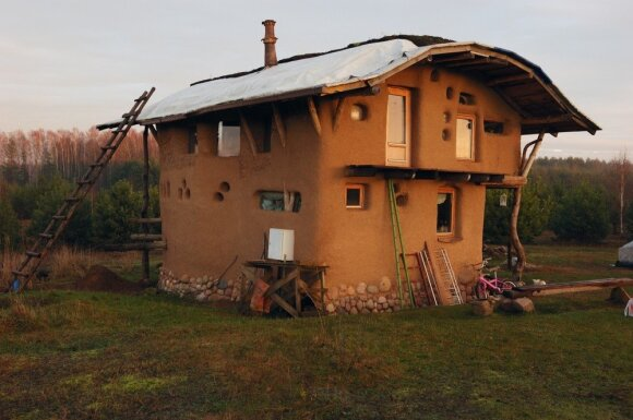 Pasistatyti tokį namą gali bet kas: didžiausias privalumas – pigumas