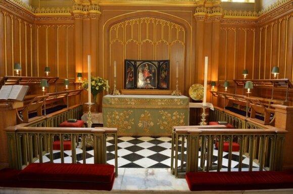 """Pasaulio smalsuoliai laukia princo krikštynų <sup style=""""color: #ff0000;"""">FOTO</sup>"""