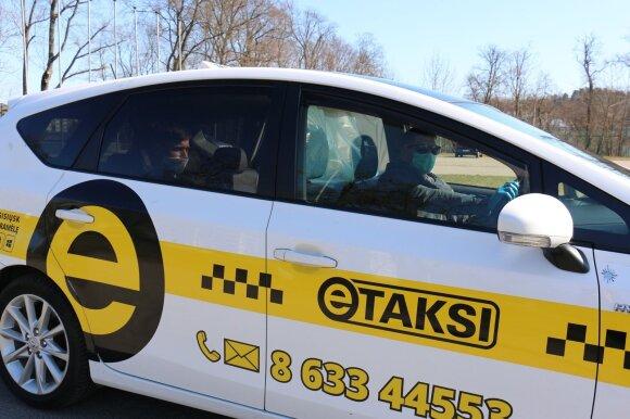 Taksi automobilis