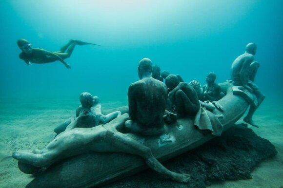 Kvapą gniaužiantis povandeninis muziejus Kanarų salose