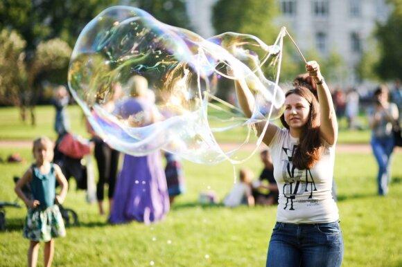 Arūnas Milašius. Valstybė virsta feisbuko burbulu. Kaip išgyventi