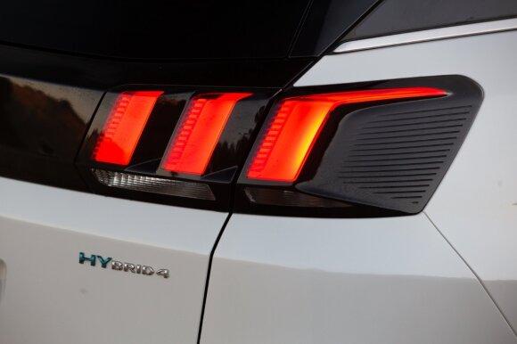 """Hibridiniai automobiliai: kuo skiriasi """"self charging"""" ar """"mild"""" nuo """"plug-in""""?"""
