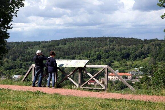 Kur pasivaikščioti Vilniuje? Gražiausi ir vertingiausi sostinės pažintiniai takai