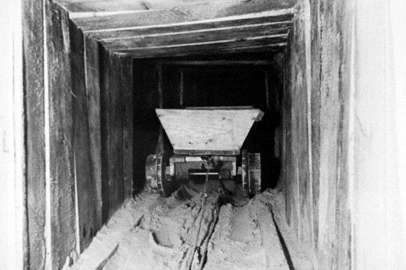 """""""Stalag Luft III"""" stovyklos tunelis"""