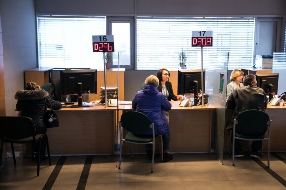 Lietuviai užplūdo pildyti deklaracijų: kaip tai padaryti lengvai ir be skausmo