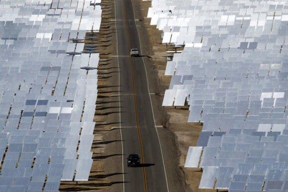 Mohavės dykumoje pastatyta saulės jėgainė