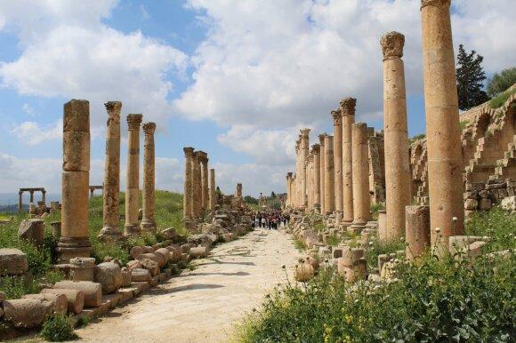 Daug turistų pritraukiančiame Jordanijos mieste – kruvinos scenos