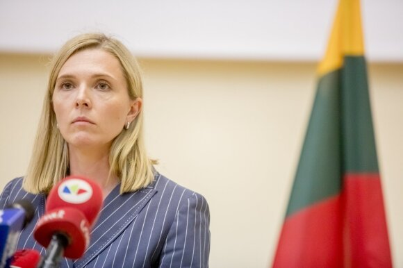 Už Vyriausybės durų strateguojami slapti sprendimai dėl migrantų: parlamentarus įspėja būti pasirengusius