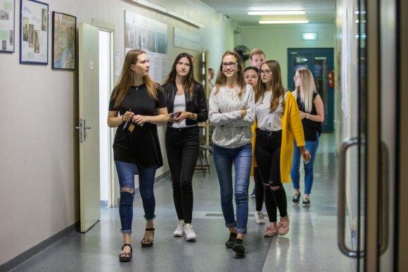 Jaunas mokytojas apie tai, ką reikėtų keisti mokyklose