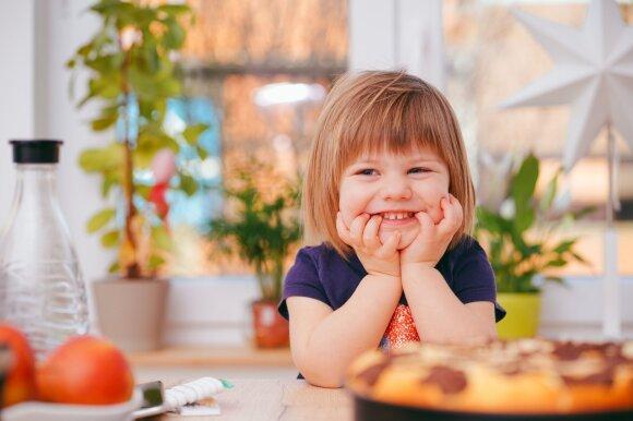 Dantų šepetėlis vaikui: kokį modelį pasirinkti?