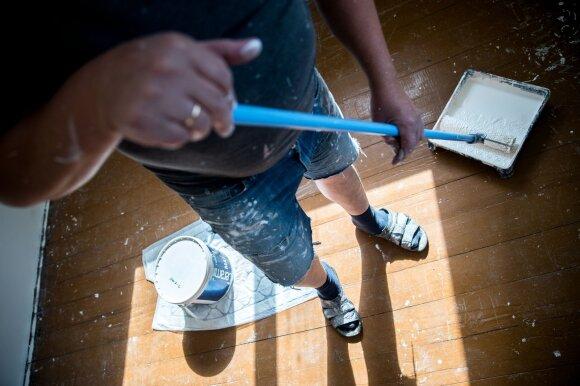 Namuose laikome pavojų sveikatai keliančias atliekas: išvardijo, kur jomis galima atsikratyti