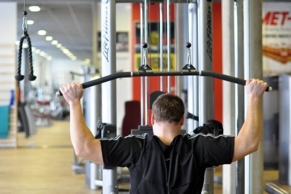 Stuburo ekspertas griauna mitus apie sporto naudą