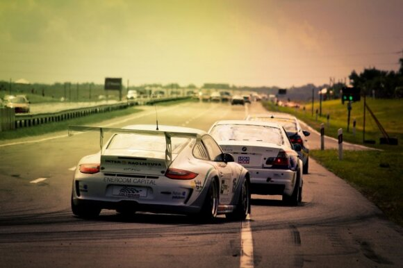 """Porsche 911 GT3"" automobilis 1000 km lenktynėse  (T.Tunylos nuotr.)"