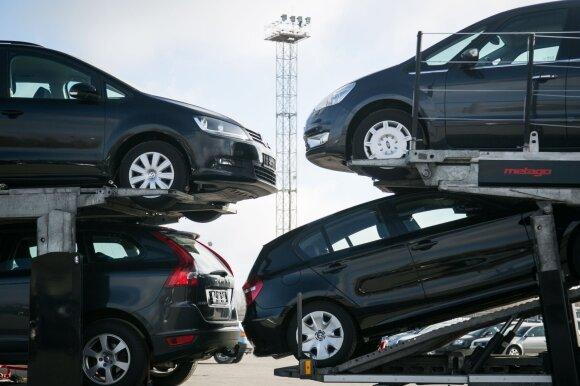 Nauja automobilio pardavimo tvarka jau kelia rūpesčių: prekybininkai įspėja, kokios bėdos laukia