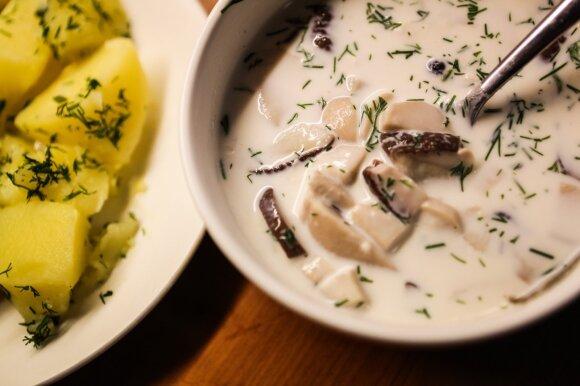 Pieniška grybų sriuba