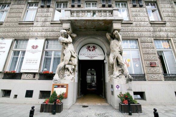 """Vienas išskirtiniausių Varšuvos restoranų """"Pod Gigantami"""""""