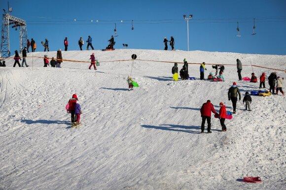 Jonas Nainys pirmąjį slidinėjimą kalnuose pamena su juoku, bet tuomet juokinga nebuvo