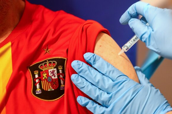 """""""AstraZeneca"""" vakcina nuo koronaviruso"""