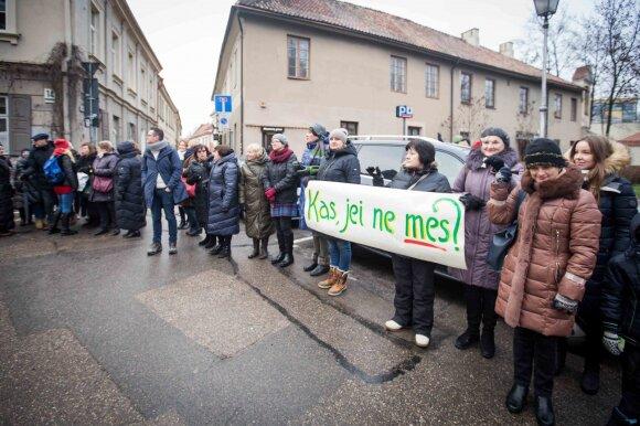Blažytė drąsią idėją Lietuvai parsivežė iš Omano: pašalpos ne bedarbiams, bet dirbantiesiems