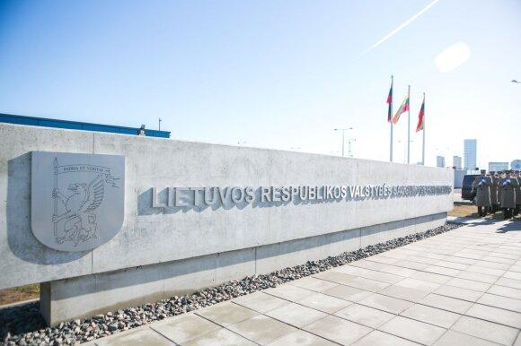 Nuo Kremliaus propagandistės iki Lietuvos šnipės: rusę įtaria dvigubu žaidimu