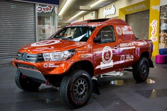 Juknevičiaus naujo Dakaro ralio automobilio pristatymas
