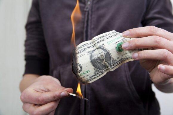 Deginami pinigai