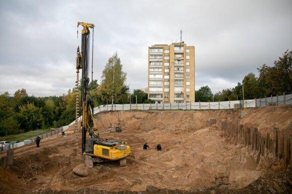 Gyvename tarsi prie bedugnės krašto: Lietuvoje dažnės sausros, nyks augalų rūšys, brangs statybos