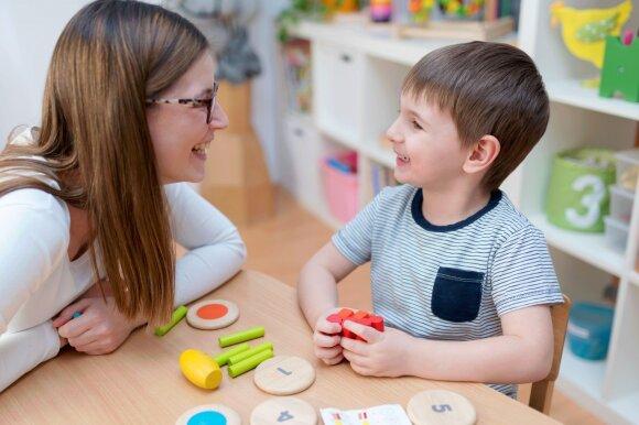 Metų vaikas dar nekalba, o šešiametis dar švepluoja: logopedė pasakė, ar jau laikas sunerimti